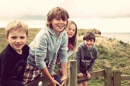 venn farm kids outdoors photo